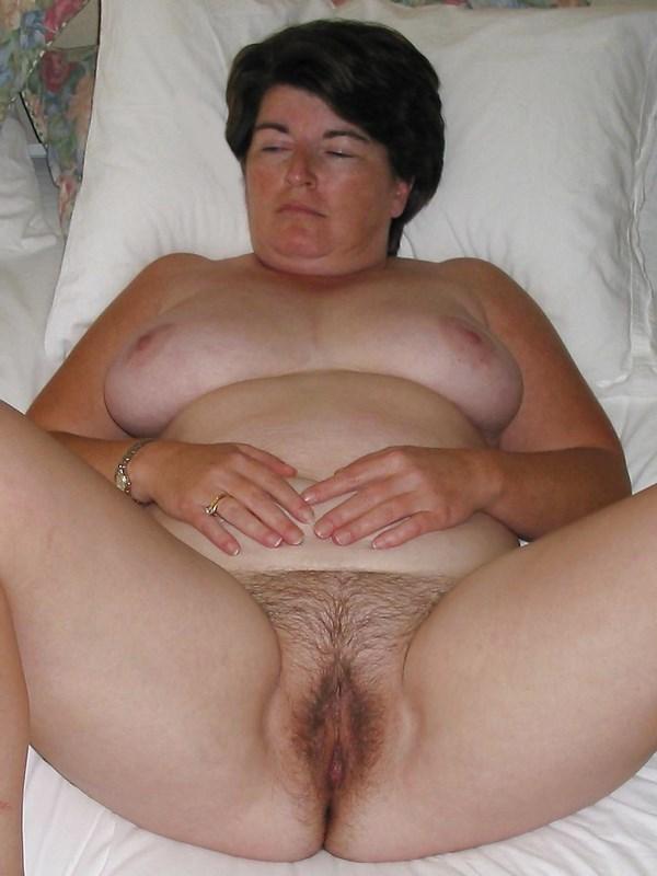 femme ronde mure